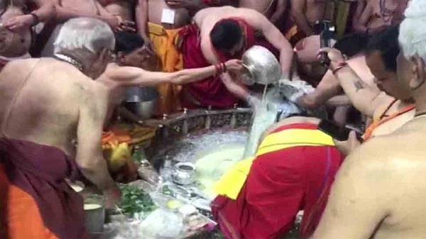 mahashivaratri is celebrated across country devotees