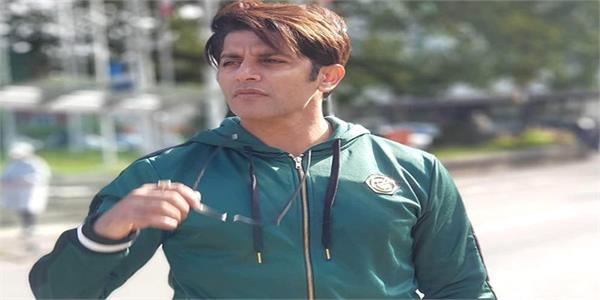 karanvir bohra not allowed to fly to nepal for lack of valid travel document