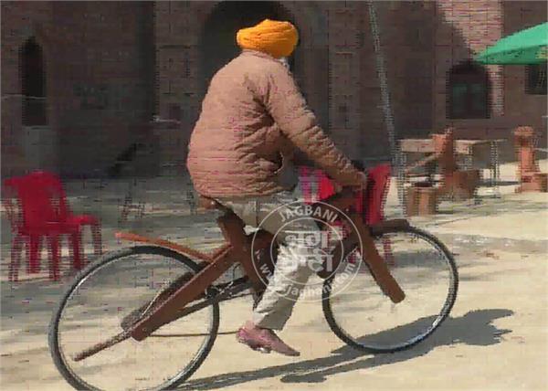 talwandi sabo farmer gurcharan singh wood bicycle