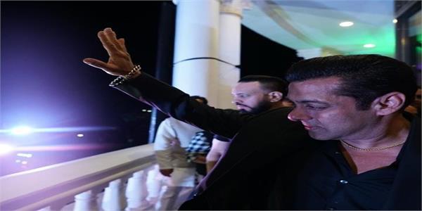 salman khan unveils iifa 2020 in indore