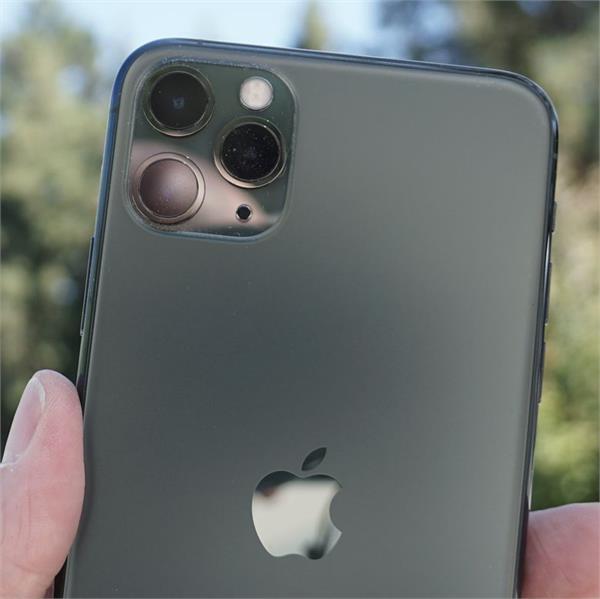 apple iphone supplies off due to coronavirus