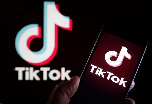 whatsapp left far behind tiktok in terms of most downloaded app in january