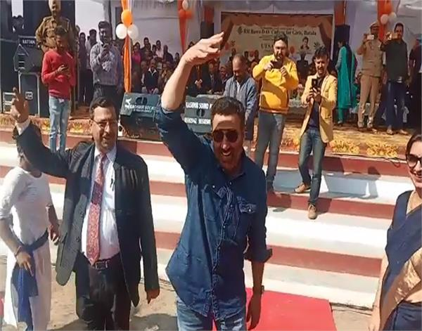 batala  sunny deol  students  bhangra