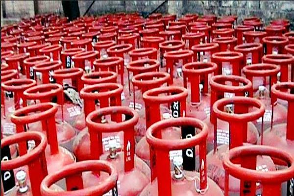 lpg gas cylinders to be cheaper next month hints at petroleum minister