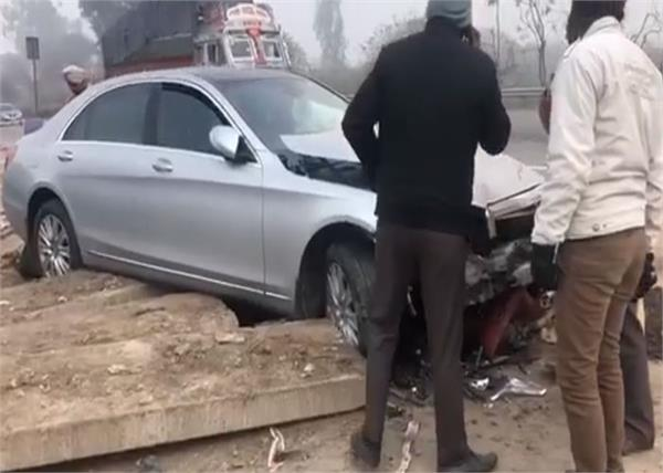 popular singer badshah car accident