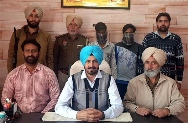 2 real brother arrested with heroin of 3 crore