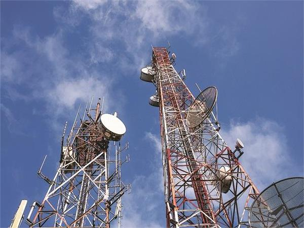 agr dues  coai seeks easier payment terms for telcos  cut in licence fee