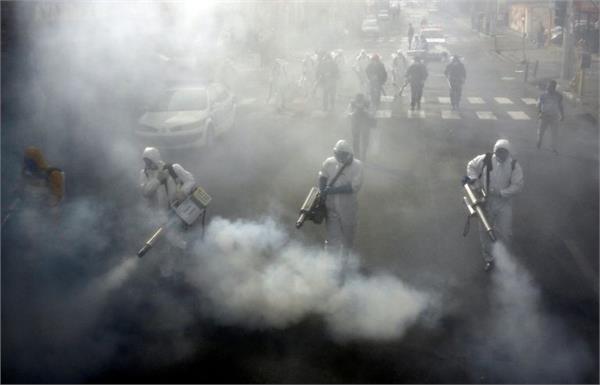 iran reports 157 new coronavirus deaths  imposes intercity travel ban