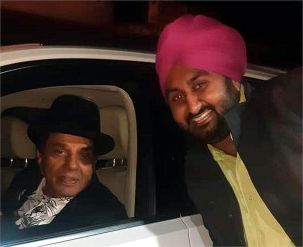dharmendra deol bowed down to the land of sahnewal