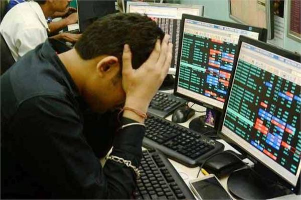 the top 10 companies in market capitalization declined from 4 22 lakh crore