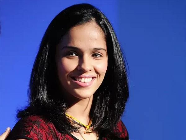 family pays 1 lakh in pm care fund  saina speaks   proud of you