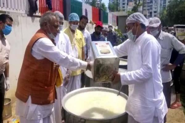 iskcon dwarka pledge to feed more than 1 5 lakh people daily