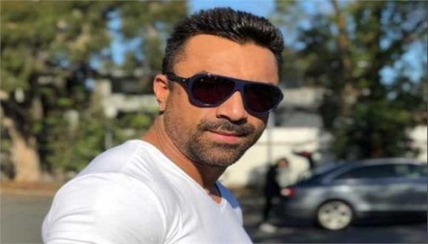 actor ajaz khan granted bail by surety of one lakh rupees