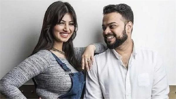 ayesha takia husband gives his gulf hotel in mumbai for quarantine center