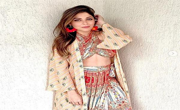 kanika kapoor gets notice from lucknow police for her statement due to her case