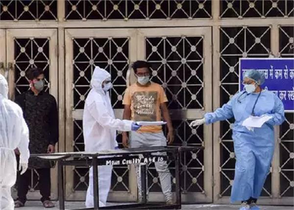 india coronavirus patients 824 people death