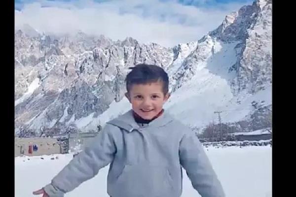 pakistan boy dance video