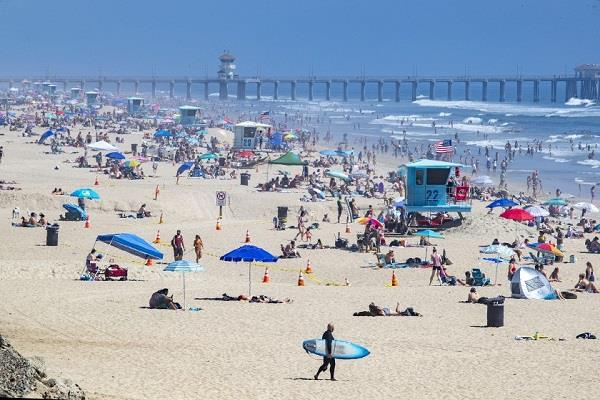 south california people gather in beach