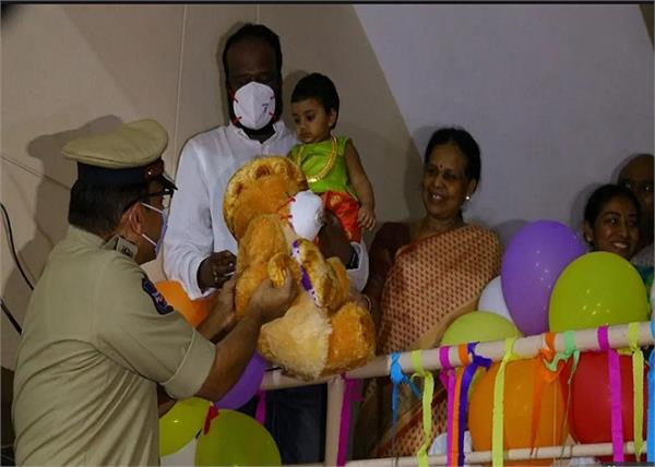 lockdown hyderabad police celebrates 1 yr old s b day