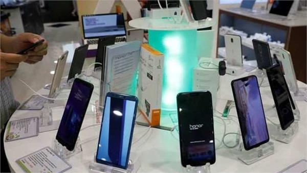 apple samsung xioami realme increase phone prices