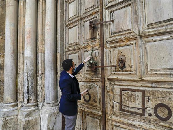 pictures of this sacred church  closed 700 years later due to corona