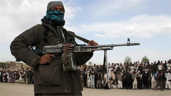 pakistan doubles terrorists on launch pad  450 ready to infiltrate