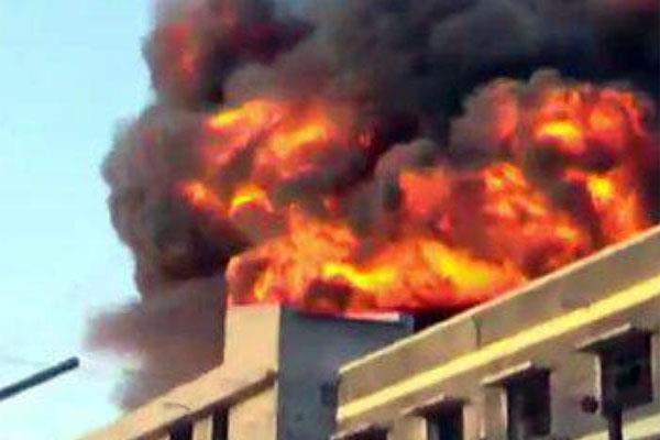terrible fire broke out in a chemical factory in surat