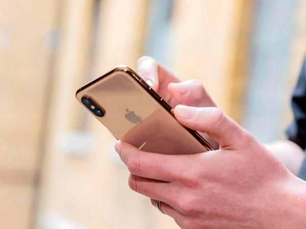 hackers release new tool to unlock any iphone