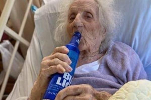 usa 103 year old grandmother