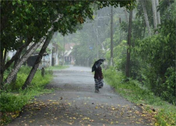 kerala will have to wait a little for the monsoon
