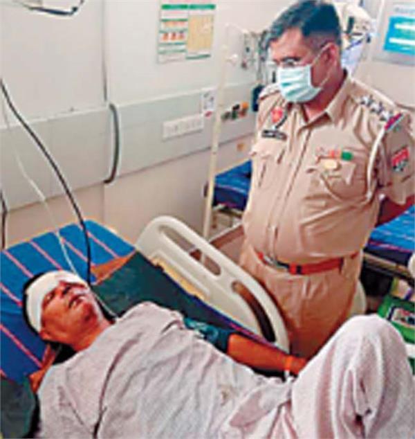 coronavirus jalandhar curfew police naka