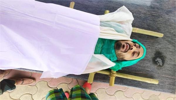 aadat se majboor actor manmeet grewal commits suicide