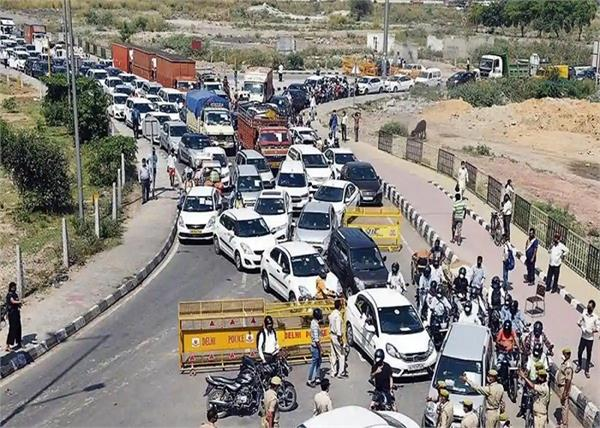 noida ghaziabad delhi border seal