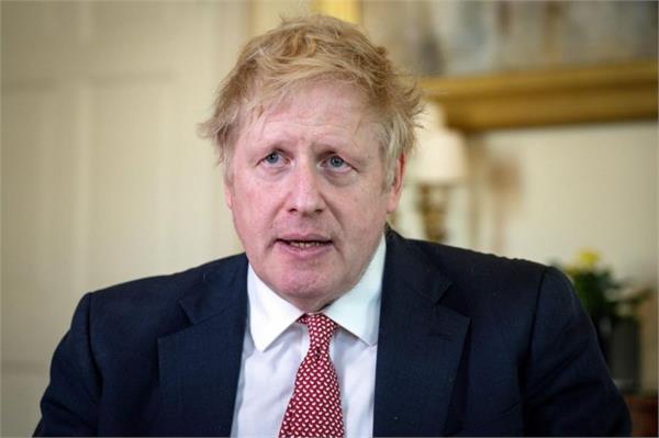 british pm pressured to remove ally who violated lockdown