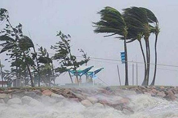 fear of cyclonic storm in odisha  may also affect bihar jharkhand weather