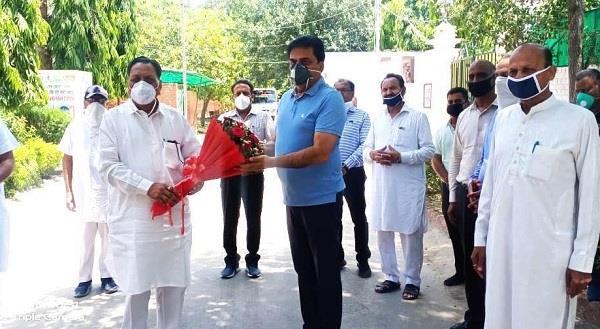 public service  ssp narendra bhargav  awarded