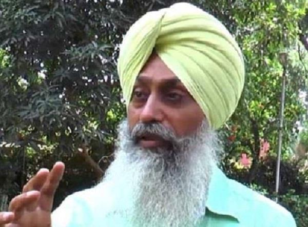 shiromani committee members raised questions on policy of bhai mohkam singh