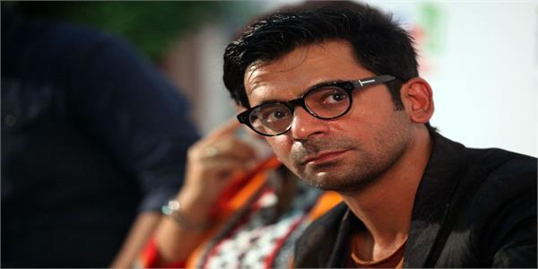 sunil grover shares a hilarious situation of people working from home