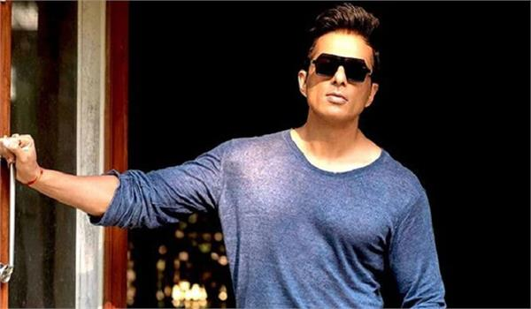 sonu sood warns migrant workers says if anyone asks for money