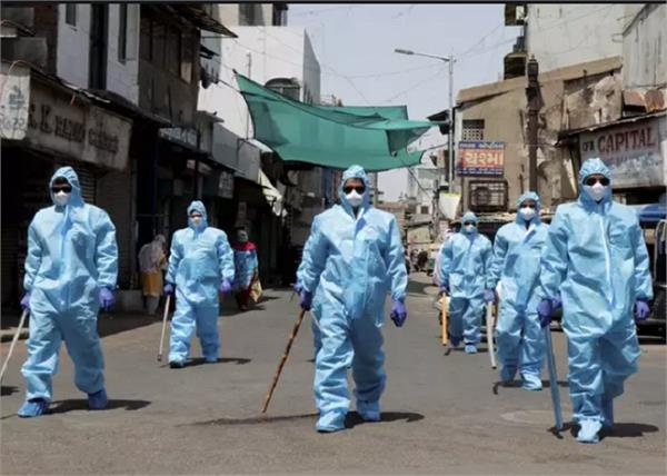 covid 19  in indore infected crosses 3 500  135 deaths