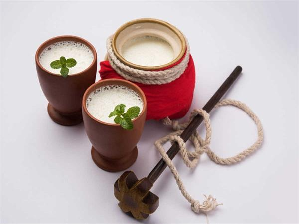 there are several benefits to drinking lassi