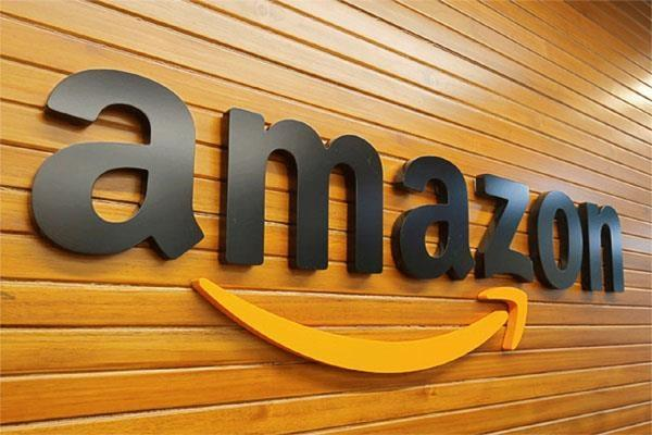 amazon  launch  small business day event