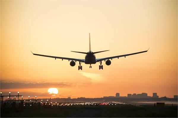 only 2 81 lakh people traveled by air in may