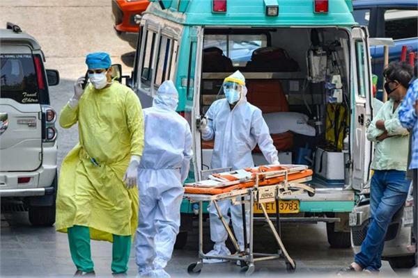 70 corona positive patients missing from mumbai