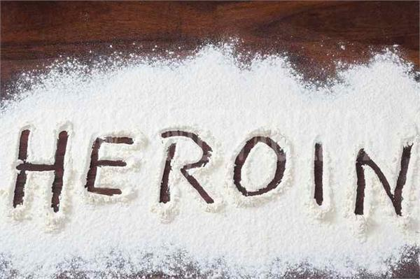 cia staff arrest 2 youths with 100 grams of heroin