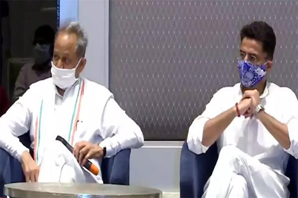 shiv sena targets bjp over political crisis