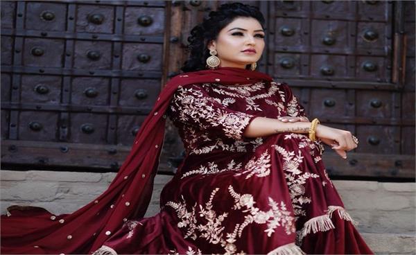 punjabi singer anmol gagan maan to join aap party today