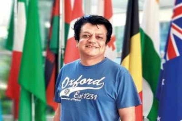 london deepak paliwal volunteer