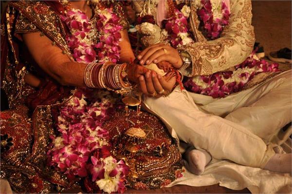 coronavirus jalandhar curfew simple marriages