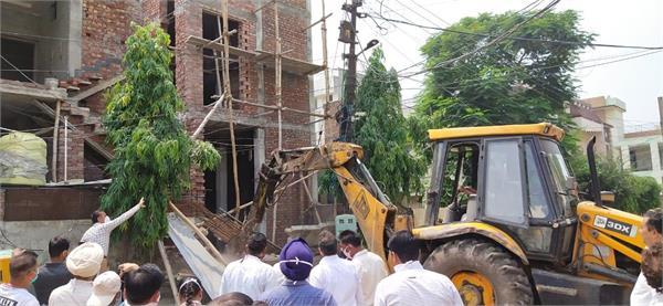 amritsar  illegal building  department
